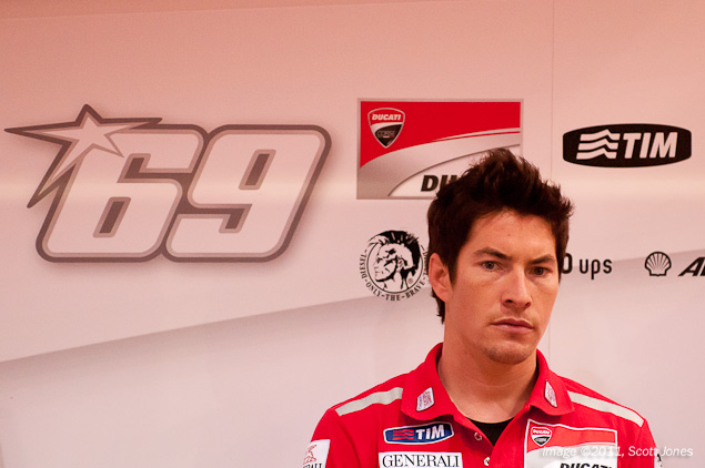 Nicky Hayden Will Lap at the Isle of Man TT Nicky Hayden Qatar GP pitbox