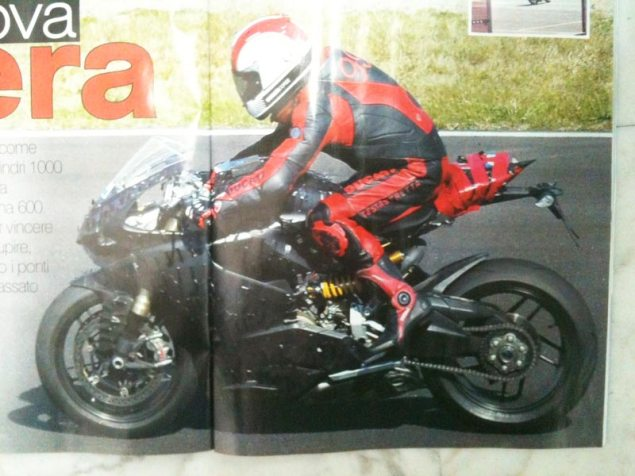 Clearer Photo of the 2012 Ducati Superbike 2012 Ducati Superbike street version spy photo 635x476
