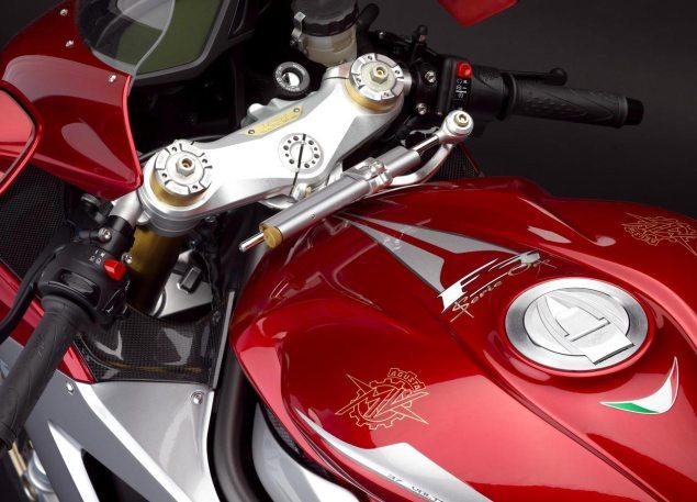 MV Agusta F3 Serie Oro Unveiled MV Agusta F3 Serie Oro 6 635x457