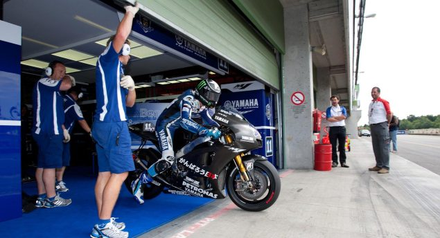 First Shots: 2012 Yamaha YZR M1 2012 Yamaha YZR M1 Ben Spies test Brno 2 635x344