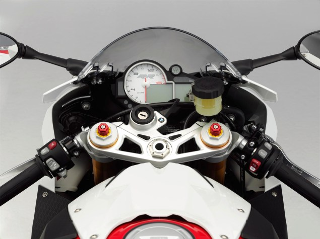 2012 BMW S1000RR   Tweaks Come to the Liter Bike King 2012 BMW S1000RR 35 635x475
