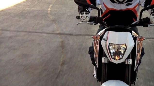 Video: 2012 KTM 690 Duke Teaser 2012 KTM 690 Duke 3 635x356