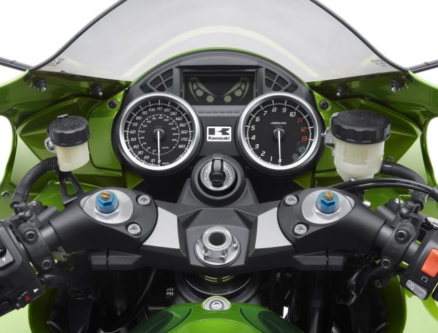 2012 Kawasaki ZX 14R Breaks Cover 2012 Kawasaki ZX 14R 20 635x483
