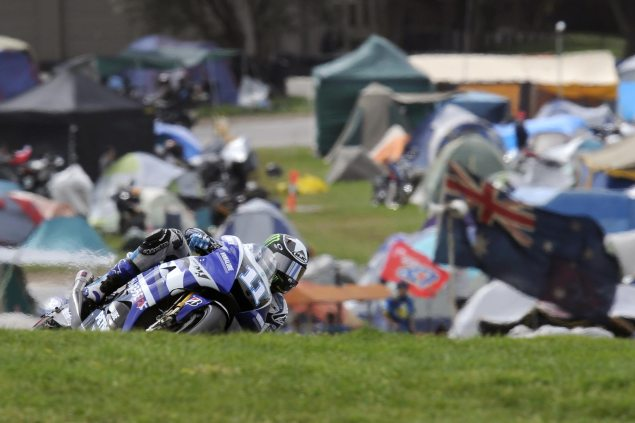Ben Spies Out of Australian GP   Not a Good Day for Yamaha Ben Spies Phillip Island MotoGP Yamaha Racing 635x423