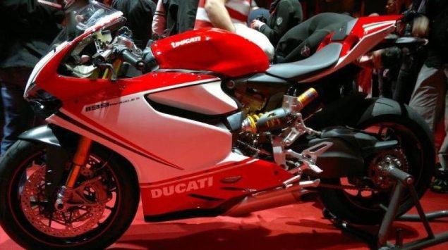 Ducati 1199 Panigale Leaks Ahead of EICMA 2012 Ducati 1199 Panigale S leak 635x355
