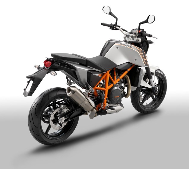 2012 KTM 690 Duke   Cheaper, More Powerful, & ABS 2012 KTM 690 Duke 25 635x569