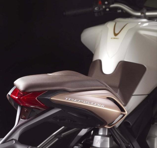 2012 MV Agusta Brutale 675 Breaks Cover 2012 mv agusta brutale 675 22 635x599
