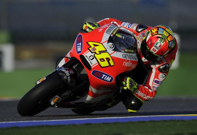 Rossi Rides with an Aluminum Perimeter Frame at Valencia While Hayden Sits Out the Test with a Broken Wrist Ducati Desmosedici GP0 test Valencia MotoGP 01 635x434