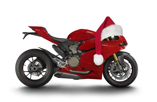 Happy Holidays from Asphalt & Rubber 2012 ducati 1199 panigale santa hat 635x413