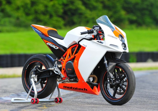 KTM RC4 690R Supermono by Mototech Mototech KTM RC4 690R supermono 01 635x444