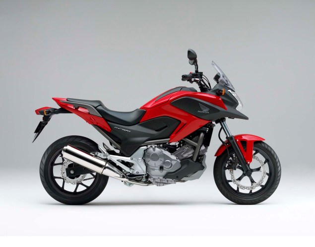 The 2012 Honda NC700X is Coming to America 2012 Honda NC700X 04 635x498