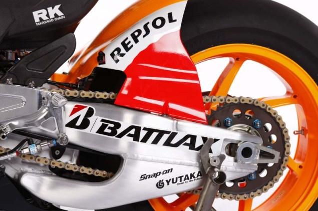 2012 Honda RC213V Debuts in Malaysia 2012 Honda RC213V 12 635x421