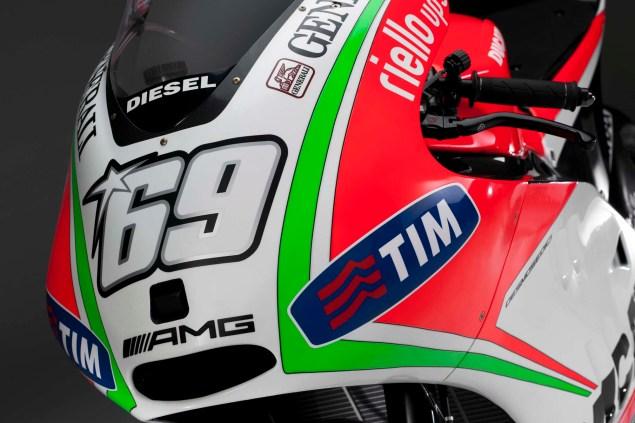 2012 Ducati Desmosedici GP12 2012 Ducati Desmosedici GP12 15 635x423