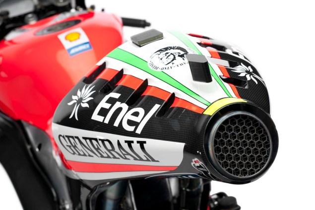 2012 Ducati Desmosedici GP12 2012 Ducati Desmosedici GP12 23 635x423