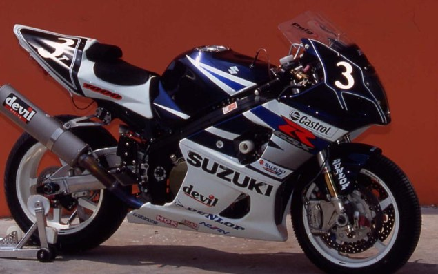Photos: 33 Years of Suzuki Endurance Road Racing Suzuki GSXR 1000 2004 635x398