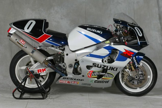 Photos: 33 Years of Suzuki Endurance Road Racing Suzuki GSXR 750 2000 635x424
