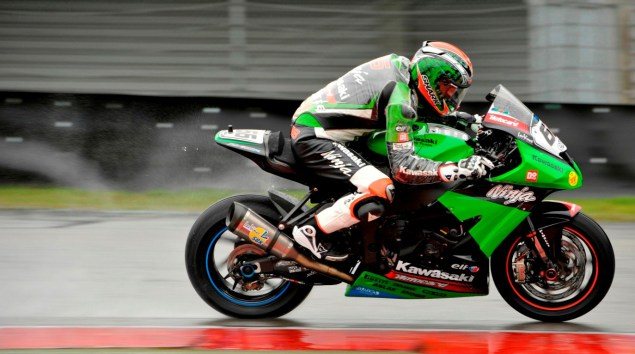 WSBK: Wet Superpole Qualifying at Assen WSBK Assen Tom Sykes Kawasaki wet 635x354