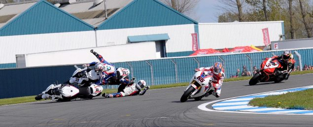 Photo: Five   Two = Podium Last Corner Crash Donington Park World Superbike 635x259
