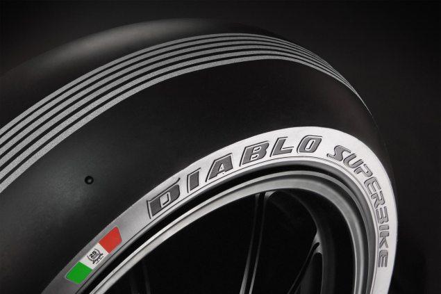 Video: Monza vs. Pirelli Pirelli WSBK Monza Superpole silver 635x423
