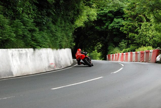 IOMTT: Farquhar Wins the Reinstated Lightweight TT Ryan Farquhar Lightweight TT 635x425