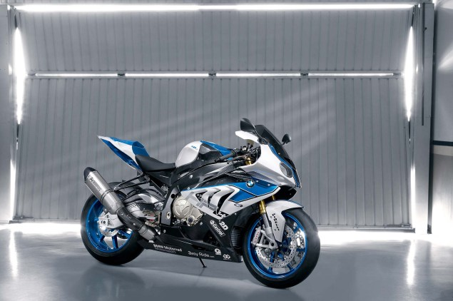 BMW HP4   Your Track Tuned BMW S1000RR BMW HP4 13 635x422