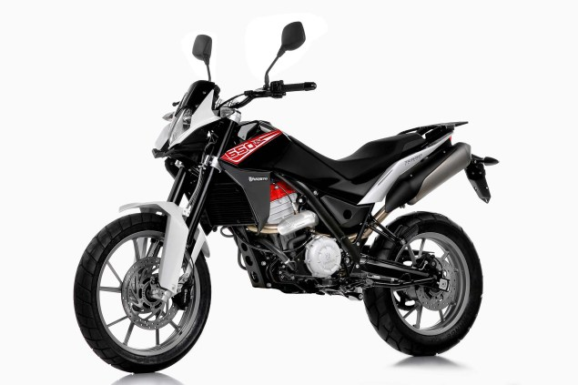 Husqvarna TR 650 Strada   Now Officially Official Husqvarna TR 650 Strada 03 635x423