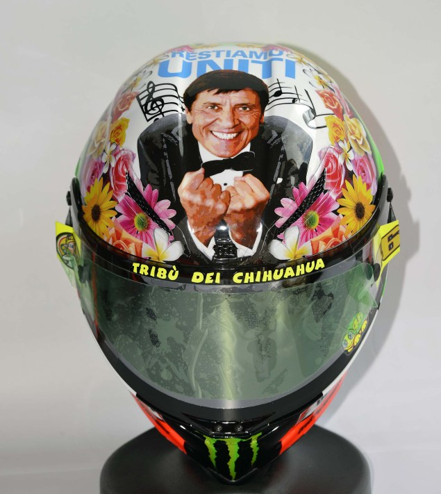 What Does Valentino Rossis Mugello Helmet Mean? Valentino Rossi Mugello Helmet 2012 06 635x711