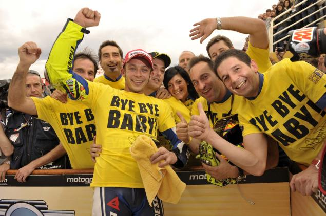 Welcome Back Baby: Yamaha Racing Announces the Return of Valentino Rossi for Two Seasons Valentino Ross goodbye baby 3 635x422