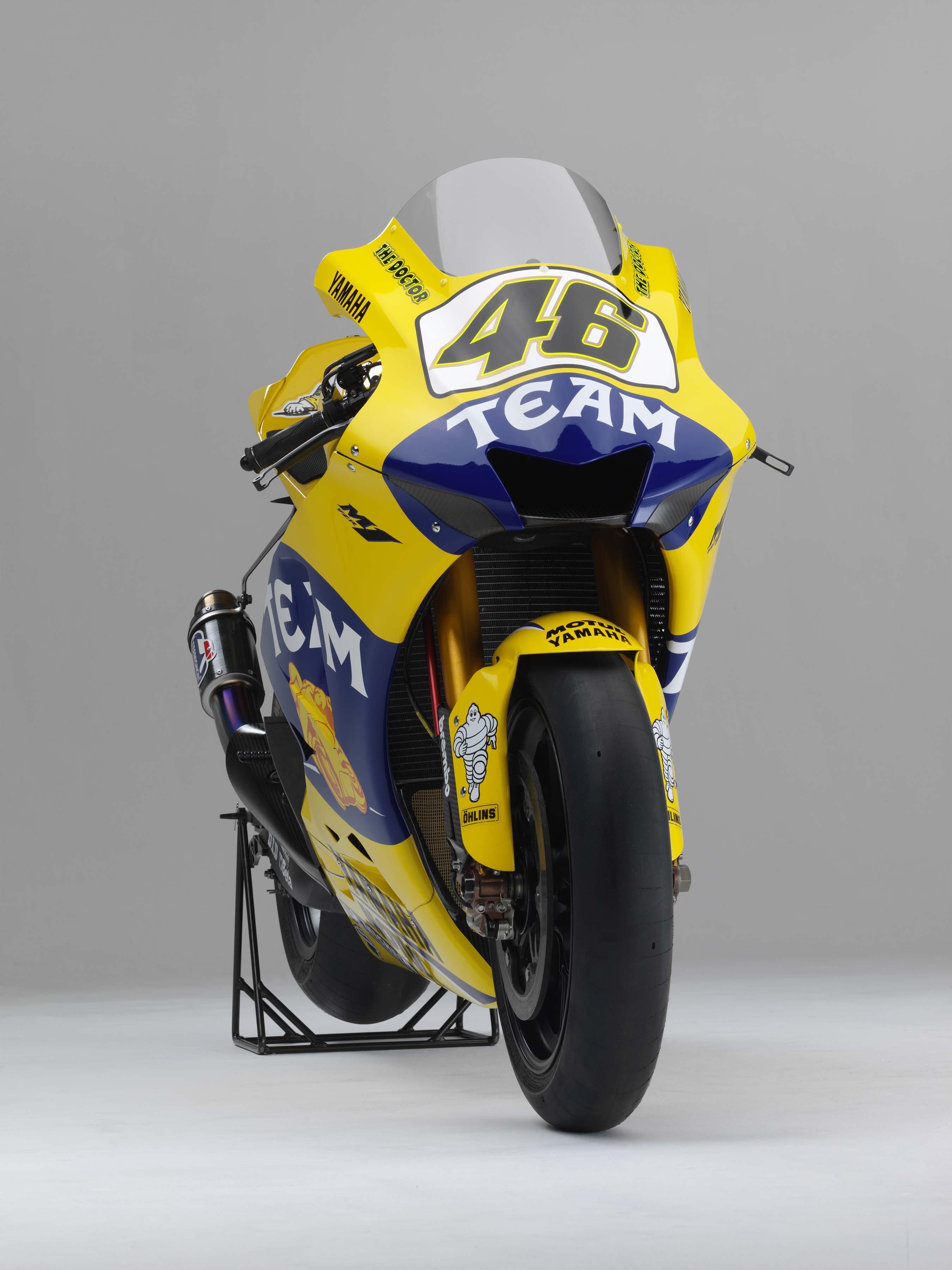 Xxx Valentino Rossi S 2006 Yamaha Yzr M1 Asphalt Amp Rubber