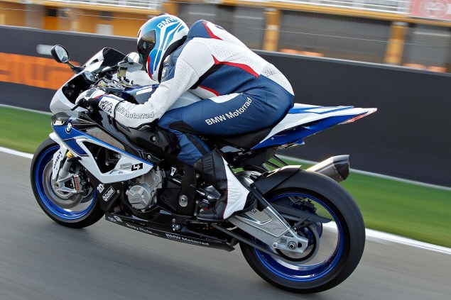 BMW HP4 Mega Gallery + Video 2013 BMW S1000RR HP4 17 635x423