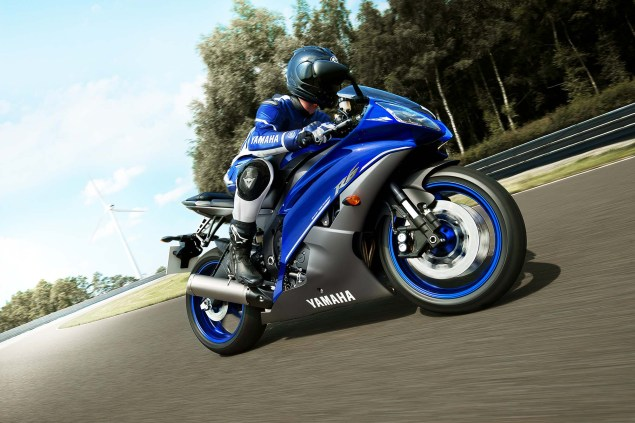 More Photos of How Yamaha Blu Itself 2013 Yamaha YZF R6 Race Blu 01 635x423