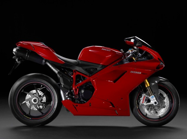 A Quarter Century of Ducati Superbikes in Photos 2011 Ducati Superbike 1198 SP red 635x475