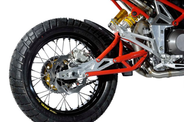 2013 Bimota DBx   An Enduro You Want to Get Dirty With 2013 Bimota DBx 02 635x421