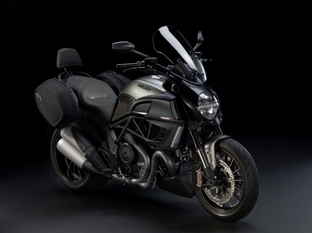 2013 Ducati Diavel Strada   Now Weve Seen Everything 2013 Ducati Diavel Strada 02 635x475