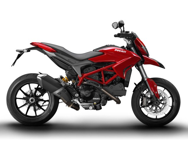 2013 Ducati Hypermotard   Makes More Tickets than Bieber 2013 Ducati Hypermotard 01 635x475