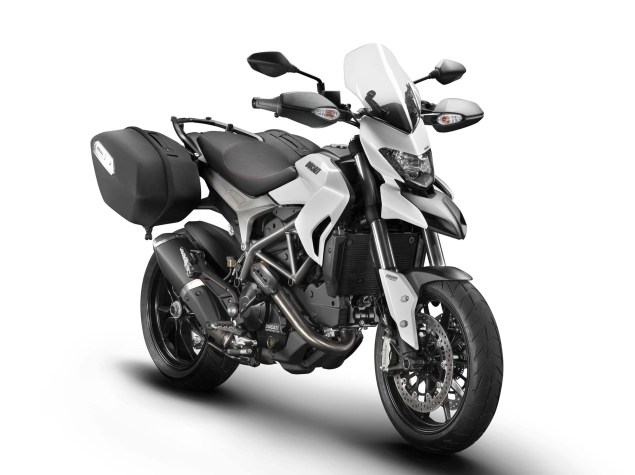 2013 Ducati Hyperstrada   $13,295 & Ready to Tour 2013 Ducati Hyperstrada 01 635x475