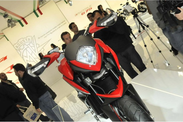 More Photos of the MV Agusta Rivale 2013 MV Agusta Rivale EICMA OmniMoto 12 635x423
