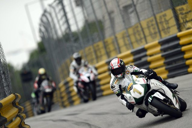 Michael Rutter Claims Eighth Macau GP Win Michael Rutter Macau GP CGPM 635x423