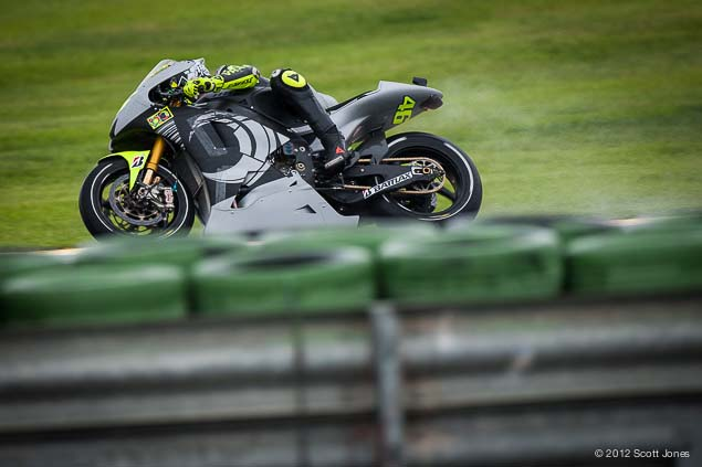 MotoGP: First Shots of Rossi Back on the Yamaha YZR M1 Valentino Rossi Valencia Test Yamaha Racing Scott Jones 09