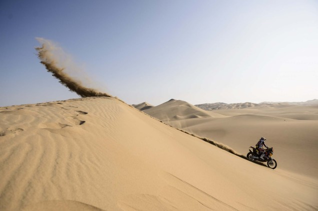 Dakar Rally   Stage 6: Yamaha Leads KTM into Chile Dakar Rally Cyril Despres 635x422