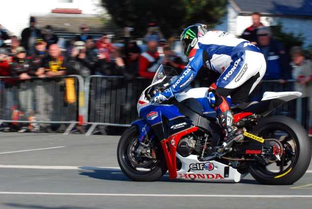 Awesome: Honda TT Legends Team Gets Own TV Show John McGuinness Ballaugh Bridge IOMTT 635x425