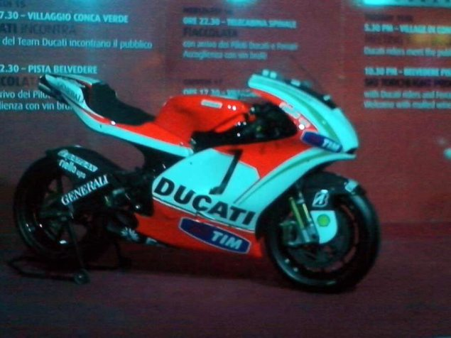 Are You the Ducati Desmosedici GP13? ducati desmosedici gp13 spy photo