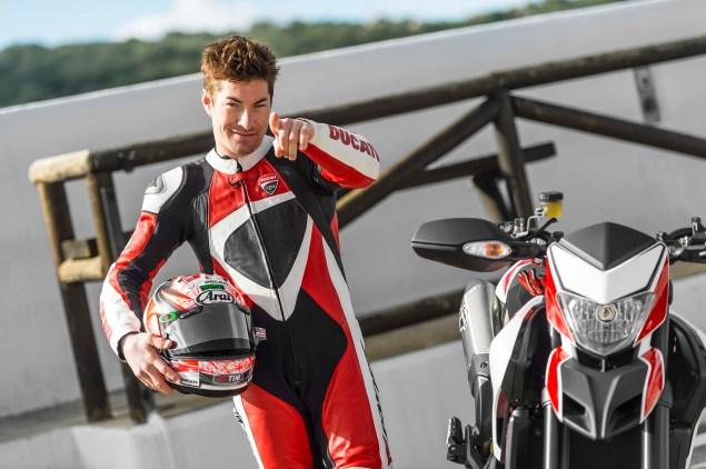 2013-Ducati-Hypermotard-Nicky-Hayden-14