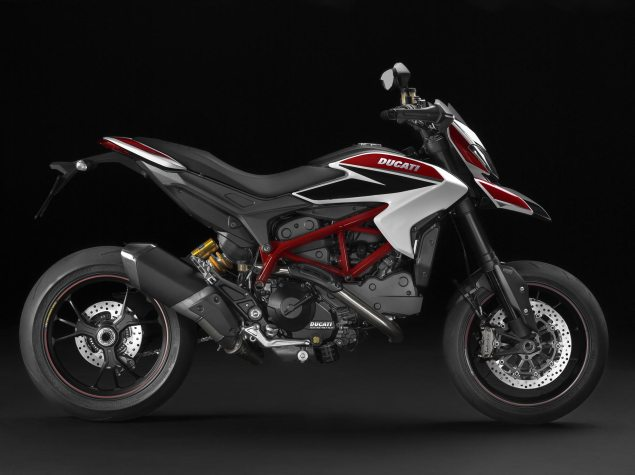 Video: Ducati Hypermotard   License to Thrill 2013 ducati hypermotard 635x475