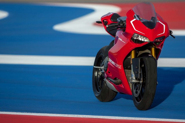 101 Photos of the Ducati 1199 Panigale R Ducati 1199 Panigale R Circuit of the Americas 12 635x423
