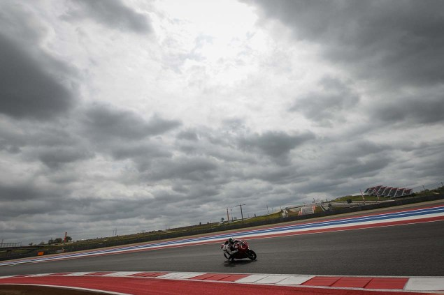 Ride Review: Ducati 1199 Panigale R Ducati 1199 Panigale R Launch COTA Jensen Beeler 10 635x423