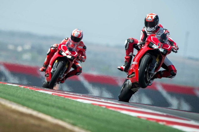 Videos: Ducati 1199 Panigale R   The Pursuit of Perfection Ducati 1199 Panigale R Nicky Hayden Ben Spies 15 635x422