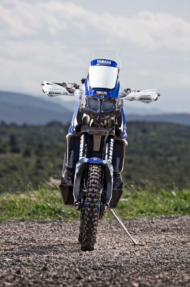 Cyril Despres Will Ride with Yamaha in the 2014 Dakar Rally Cyril Despres Yamaha Motor France 2014 Dakar Rally 12 635x959