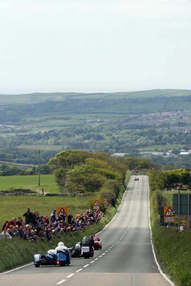 IOMTT: Creg ny Baa with Richard Mushet Creg ny Baa Isle of Man TT Richard Mushet 02 635x952
