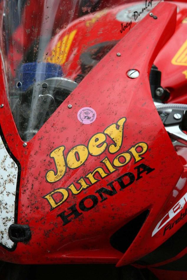 Photos: John McGuinness in Joey Dunlops Honda Livery John McGuinness Joey Dunlop Honda livery IOMTT Richard Mushet 07 635x952